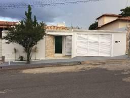 Linda Casa 200m², Bairro Cidade Nova - Arcos/mg - R$ 580 Mil