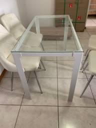 Mesa retangular tampo de vidro