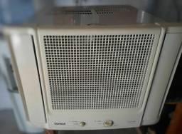 Ar-condicionado de janela 7500 BTUs