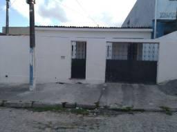 Aluga-se casa em Maranguape 2