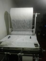 Vendo Máquina de fabricar tapete pet e fraldas infantis e adulto