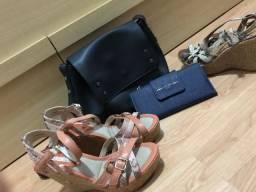 Duas sandália + bolsa + carteira importada