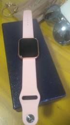 Um Smartwatch para suas caminhadas e corridas!