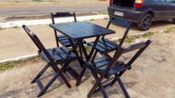 Mesa e cadeiras Dobráveis ( preto)