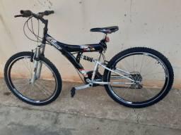 Vendo Bicicleta Aro 26   R$400