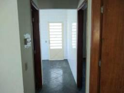 Casa de 2 quartos para locação, 999m2