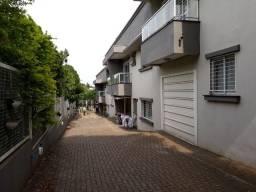 Palmital, casa com 03 quartos, duas vagas. Local seguro, perto do novo Celeiro