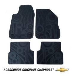 Jogo de Tapetes Originais Chevrolet Onix e Prisma