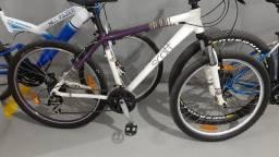 Bike feminina semi nova aro 26