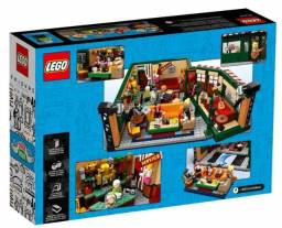 Lego Friends Central Perk 21319
