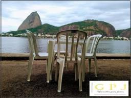 G P J Utensílios p/festas Mesas e Cadeiras