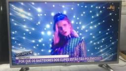 """Tv LG 32"""" LED- NÃO É SMART"""