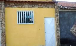Casa alugo no BNH em Rocha sobrinho