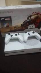 Xbox One S 1TB 4k Na caixa com 2 Controles sem fio. 3 Meses de Uso! Novissimo