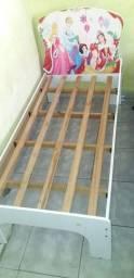 Vendo mini cama infantil até 5 anos!