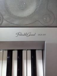 Teclado Yamaha DGX-205