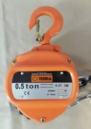Talha Manual Terra 0,5 Toneladas - Com Corrente 5 Metros