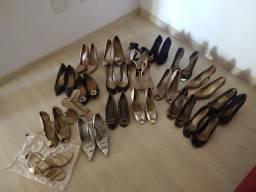 Lote de sapatos femininos.