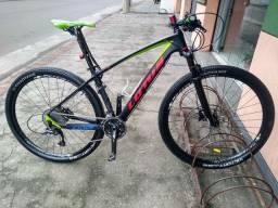 Bike aro 29 carbono **LEIA A DESCRIÇÃO **