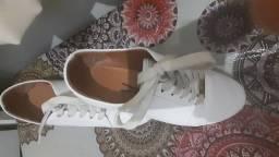 Tênis Vizzano branco