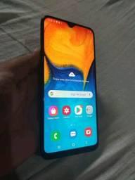 Samsung A20 vendo ou troco
