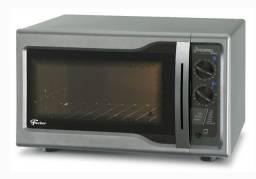 Forno elétrico Fischer Hot Grill Silver bancada 44L<br><br>E Secadora 10 kg Eletrolux