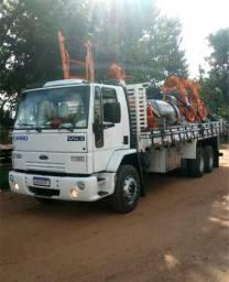 Ford cargo 2218 (truck com reduzido)