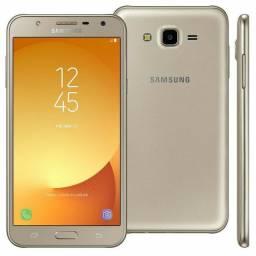 Vendo Samsung J7 dourado, impecável