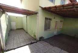 Casa a venda na localidade de Aldeia-Recife,PE.