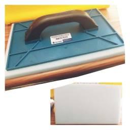 Desempenadeira Plastica 17X30 C/ Espuma Gold