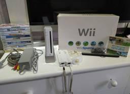 Nintendo Wii Destravado Completo com 13 jogos mídia física.