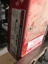 Guincho de coluna elétrico motoml 100 a 200kg
