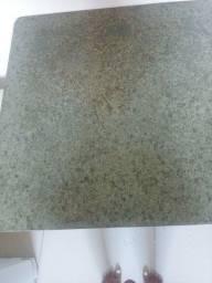 Vendo tampo de marmore com pè de mesa 75x75