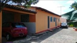 Barracão com garagem