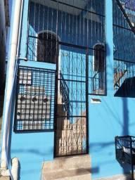 Casa 03 qtos, centro Sul Bairro Petropolis vale do amanhecer *