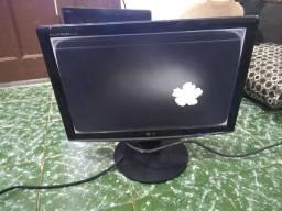 Monitor com defeito