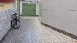 Apartamento no farol de Itapuã 2/4 mobiliado