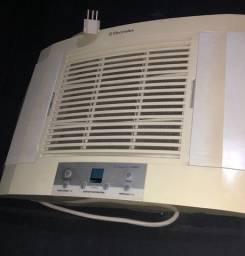 Ar condicionado de parede 10 mil btus