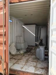 Vendo Container - No ponto de montar um escritório