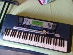 Teclado Yamaha psr540