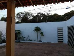 Casa na Av José Sarney bem localizada 300 Metros Quadrado JARDIM SÃO CRISTÓVÃO