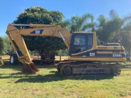 Escavadeira Cat 320BL