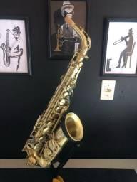 Sax alto francês East Star, recém revisado