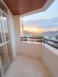 Apartamento com 3 quartos para alugar, 93 m² por R$ 1.300/mês - Santa Catarina - Juiz de F