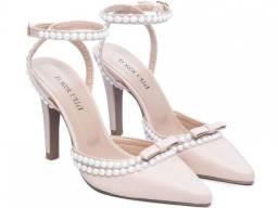 Sapato Scarpin Salto Fino Metalizado Bege Mod.67000A