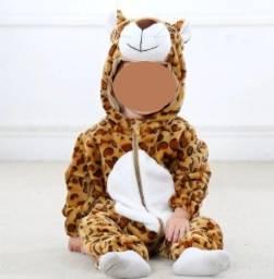 Pijama/macacão infantil de animais ( oncinha)