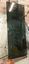 Porta de vidro Fumê 10mm  tamanho 0,79x2,8 e 50cm
