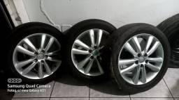 Vendo rodas e 2 pneus hankook 225/55 R18 da ix35