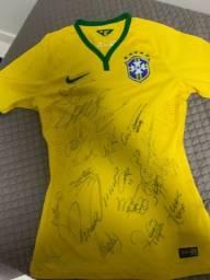 Camisa do brasil autografada da copa de 2014