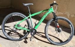 Bike Aro 29 South 17 novinha, Shimano, Pneus novos, comprada recentemente, pouco rodada
